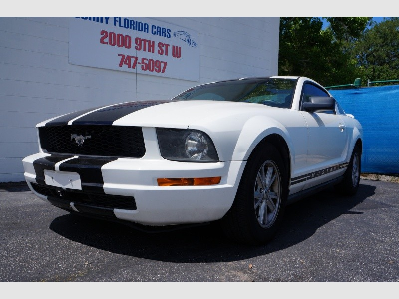 Ford Mustang 2005 price $4,900
