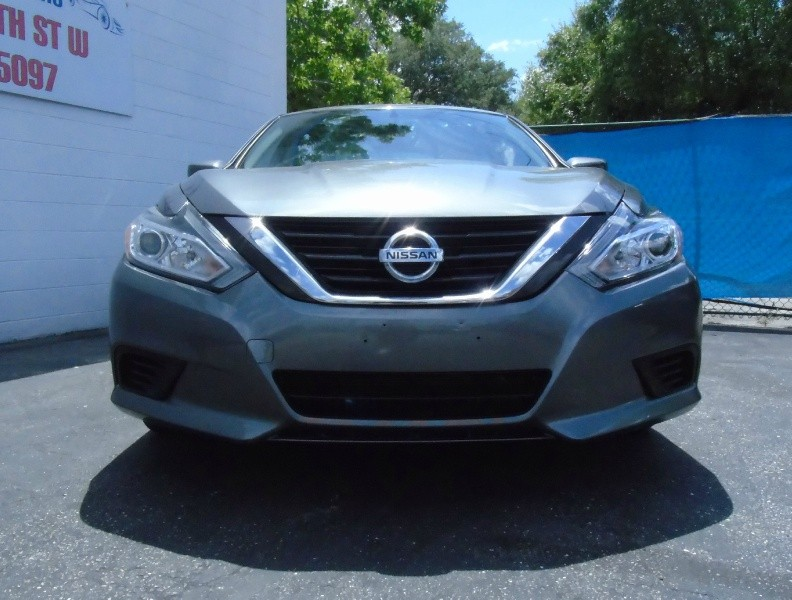 Nissan Altima 2016 price Call for Price