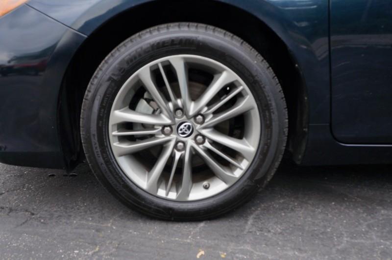 Toyota Camry 2016 price $12,900 Cash