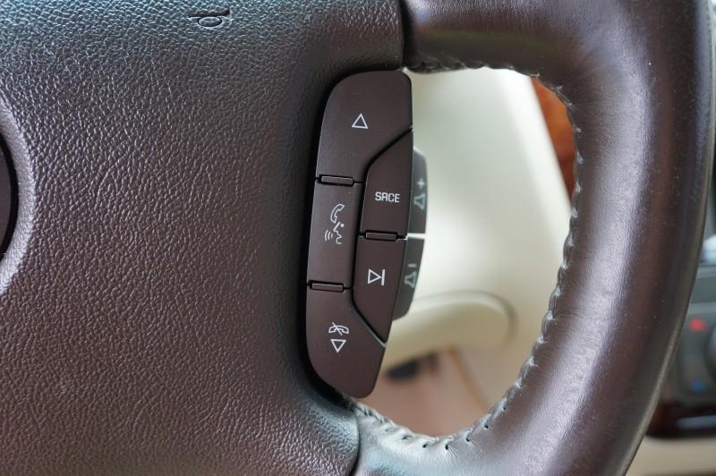 Cadillac DTS 2009 price $6,900