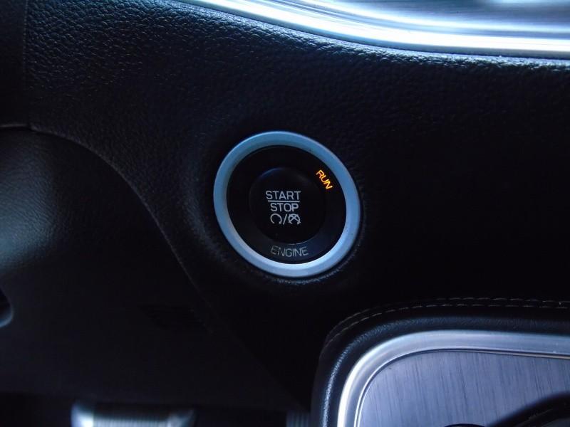 Dodge Challenger 2015 price $15,900