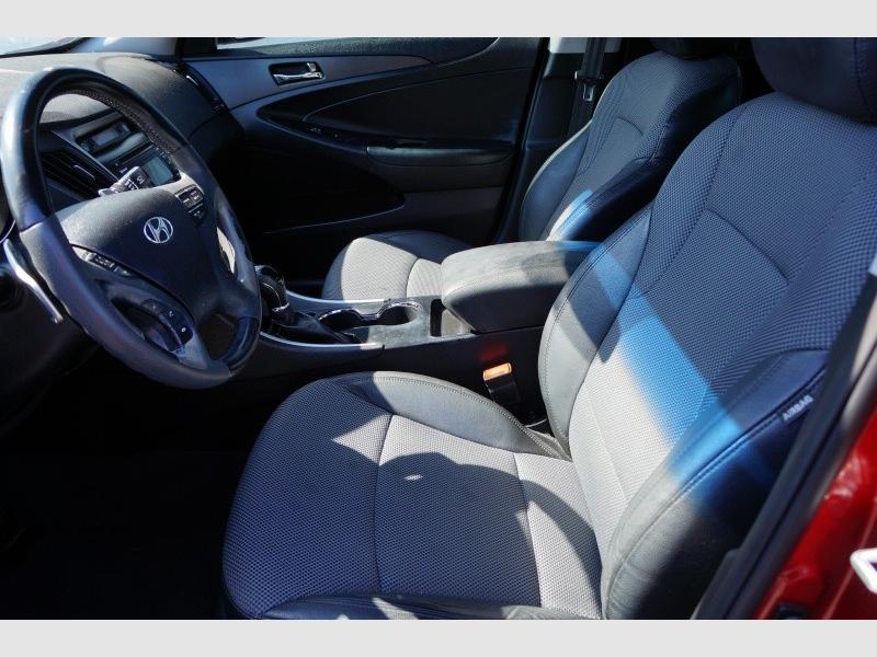 Hyundai Sonata 2011 price $8,900