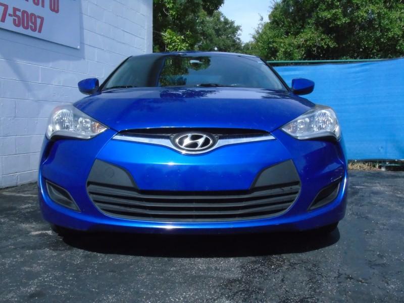 Hyundai Veloster 2013 price $6,500