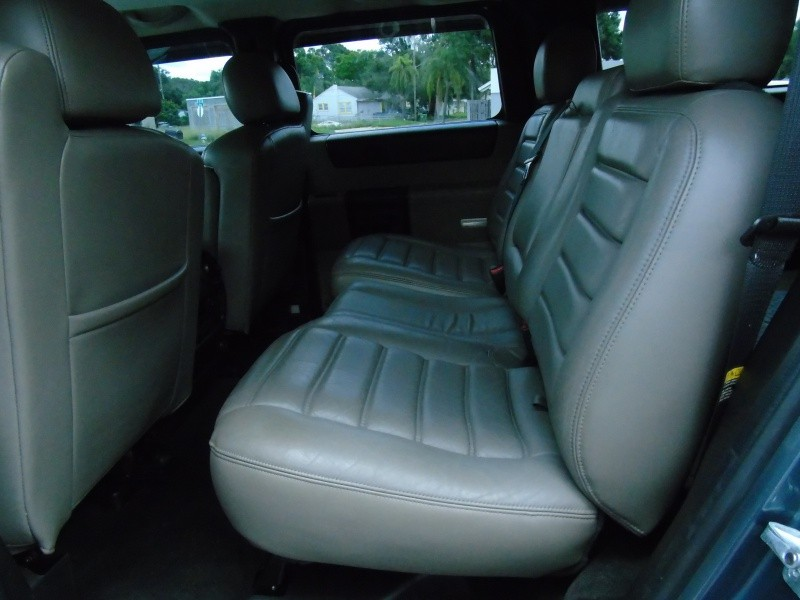 Hummer H2 2006 price $18,800