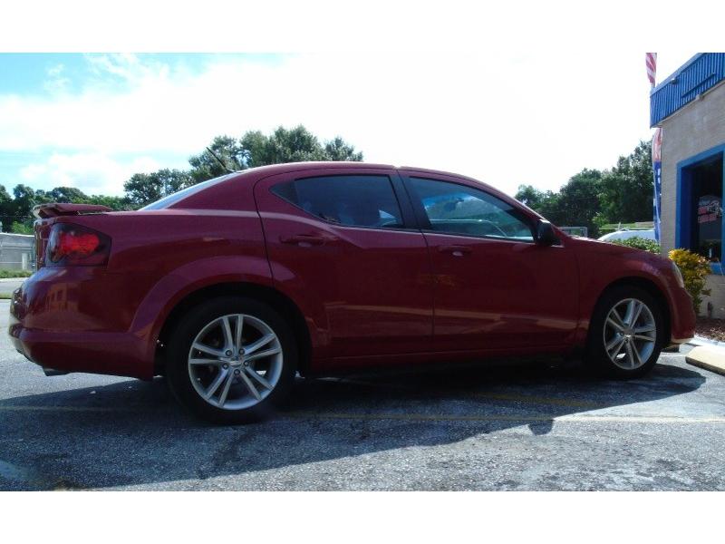 Dodge Avenger 2013 price $8,500