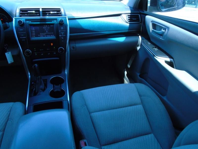 Toyota Camry 2016 price $13,900