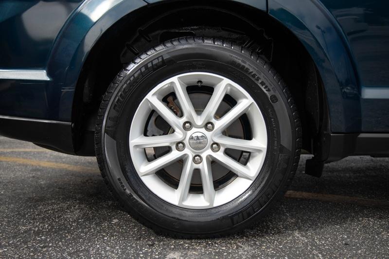 Dodge Journey 2013 price $10,900