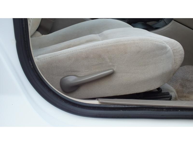 Oldsmobile Alero 2004 price $3,000