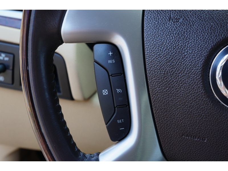 Cadillac Escalade 2009 price $16,900