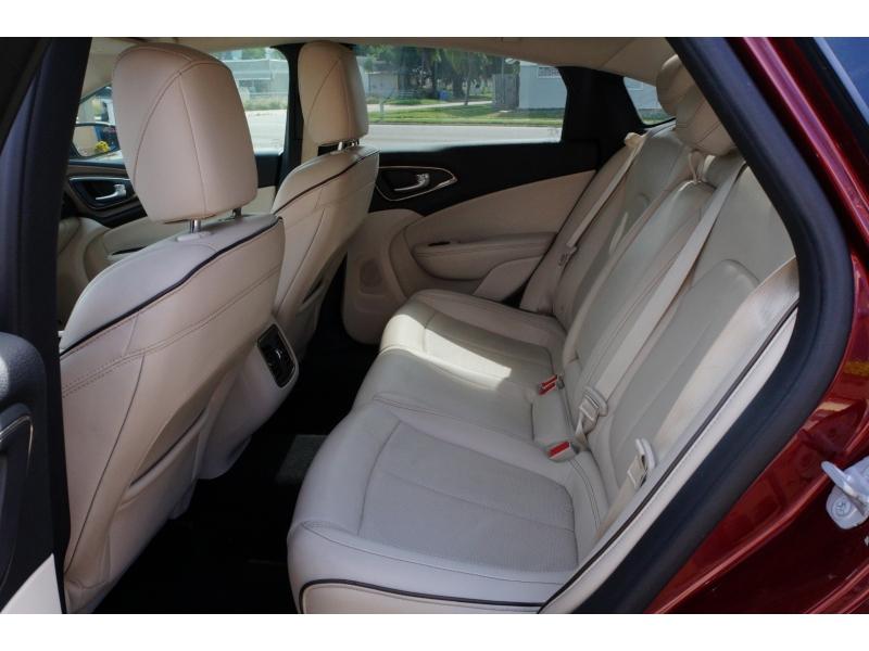 Chrysler 200 2015 price $12,900