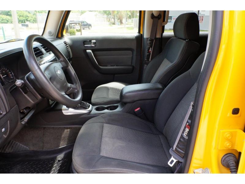 Hummer H3 2006 price $14,900