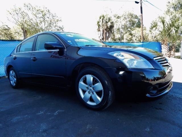 Nissan Altima 2008 price $4,500 Cash