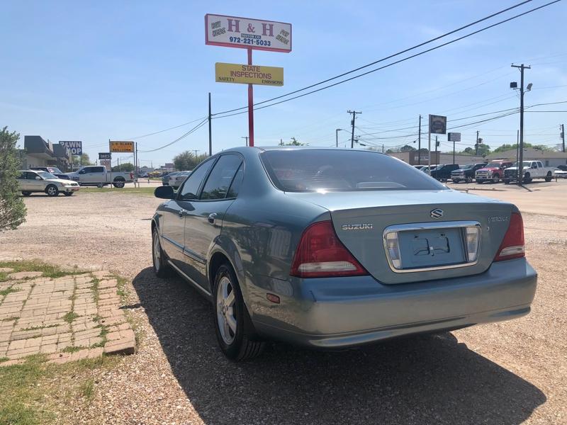 Suzuki Verona 2005 price $6,950
