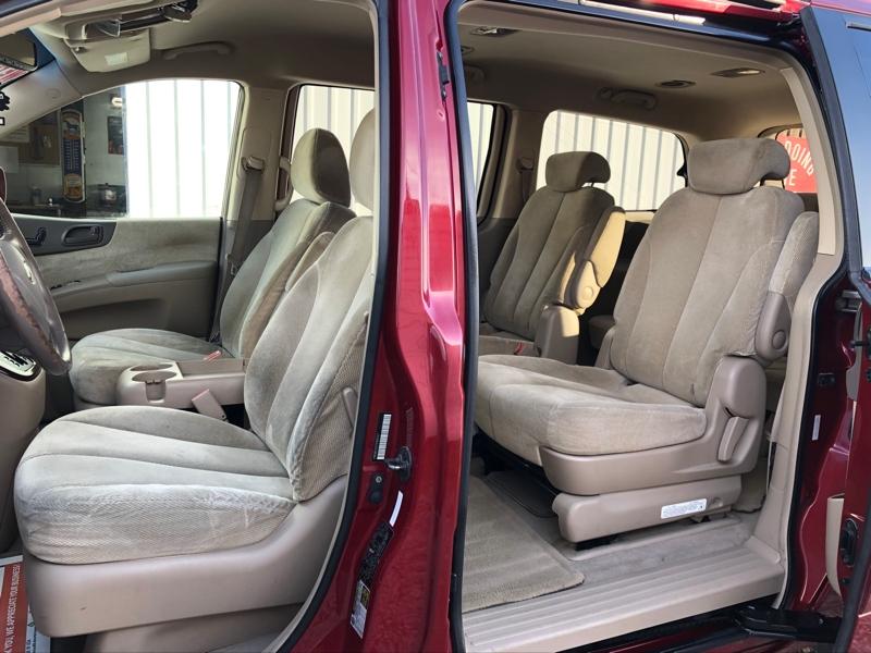 Kia Sedona 2007 price $6,950