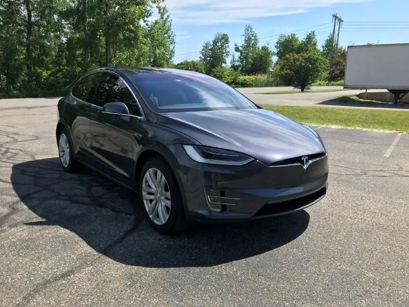 Tesla Model X 2016 price $68,985