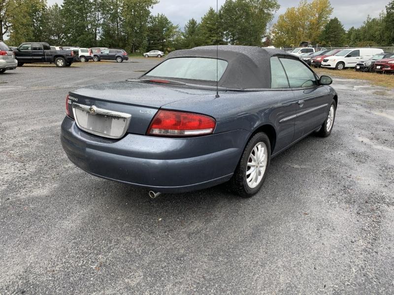 Chrysler Sebring 2002 price $2,985