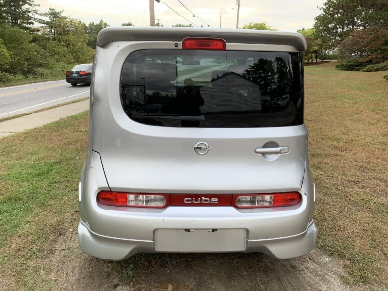 Nissan cube 2009 price $3,995