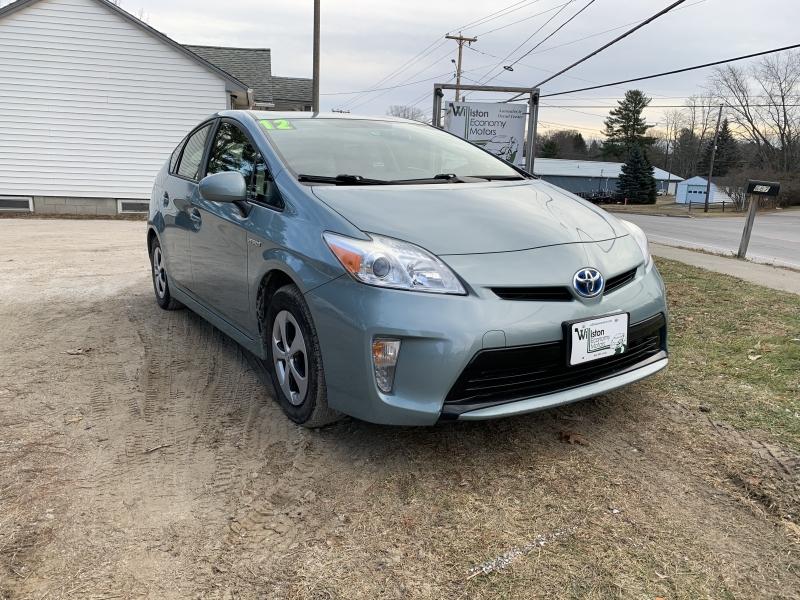 Toyota Prius 2012 price $6,895