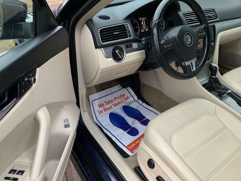 Volkswagen Passat 2014 price $12,985