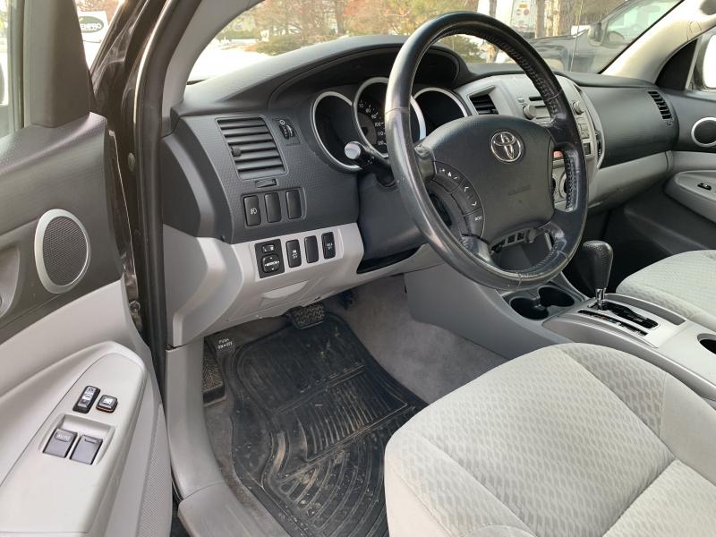 Toyota Tacoma 2011 price $13,875