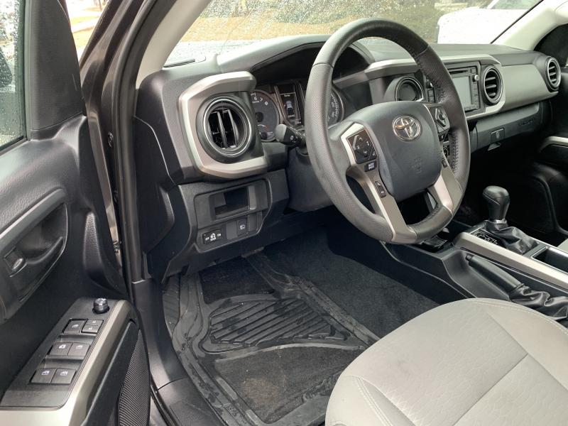 Toyota Tacoma 2019 price $28,695