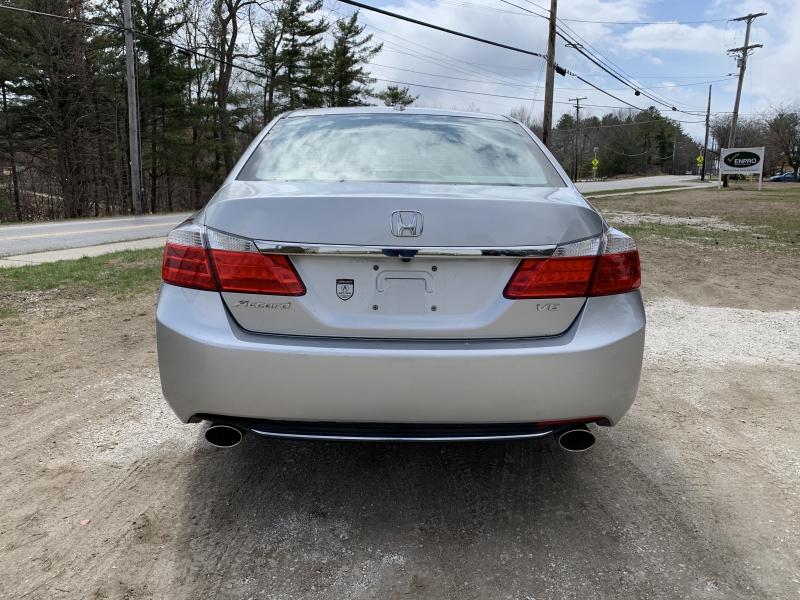 Honda Accord 2013 price $11,985