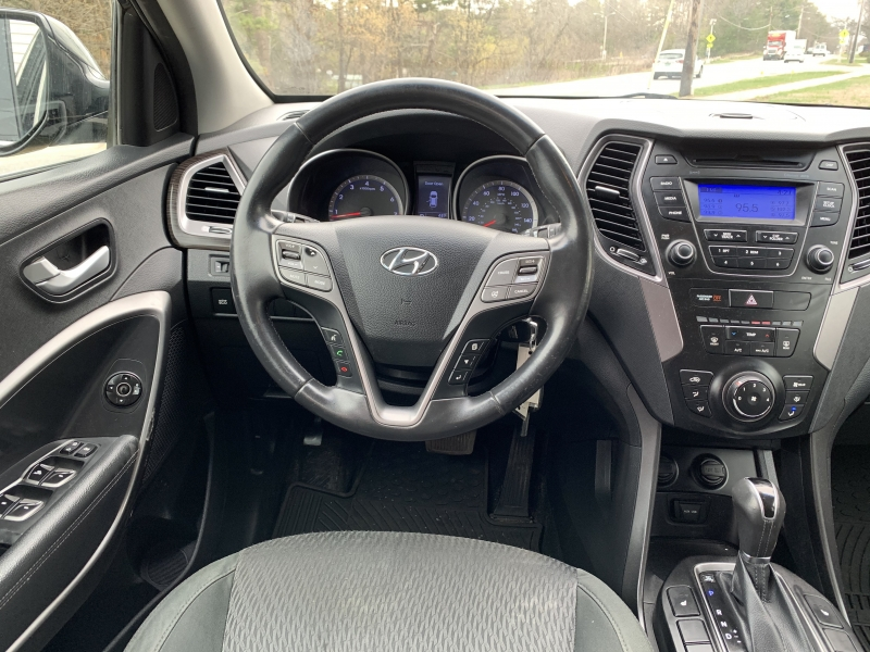 Hyundai Santa Fe 2013 price $7,995