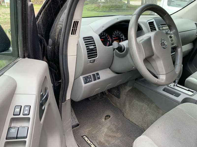 Nissan Frontier 2010 price $7,995