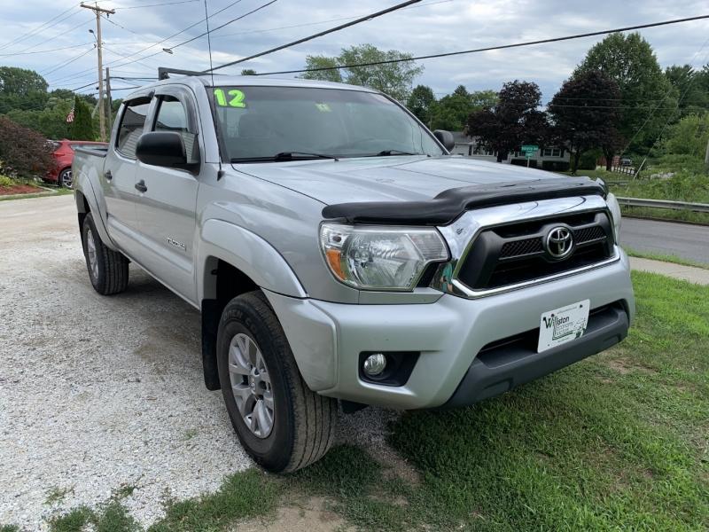 Toyota Tacoma 2012 price $16,895
