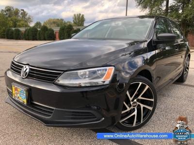 2012 *Volkswagen Jetta* S 5 SPEED MANUAL BLACK ON BLACK CLEAN 115K WE FINANCE