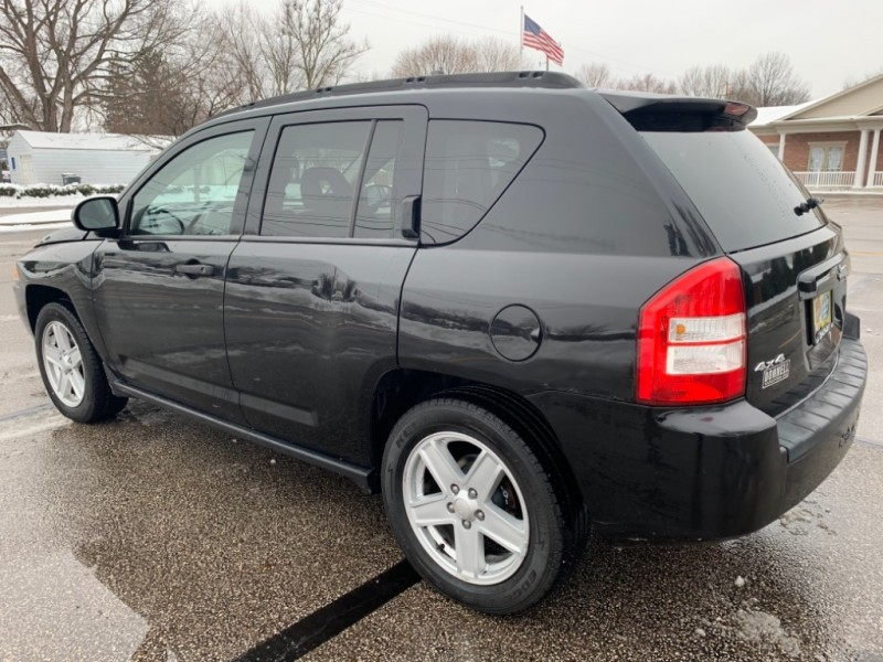 Jeep Compass 2007 price SOLD