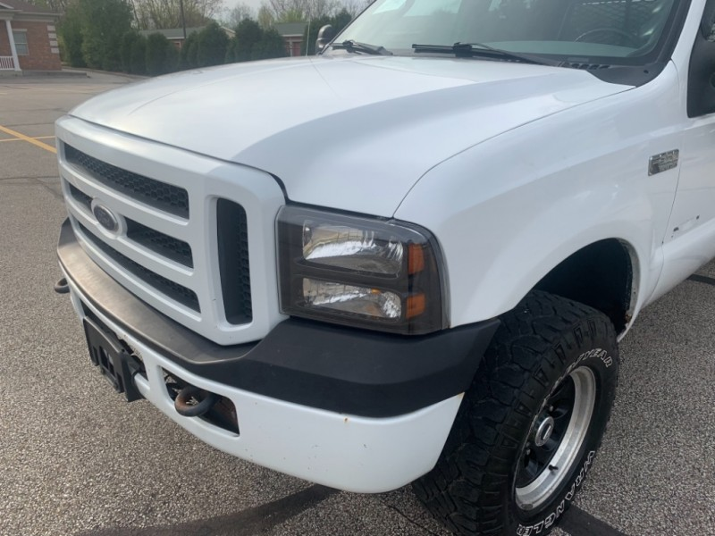 Ford Super Duty F-250 2004 price $9,995