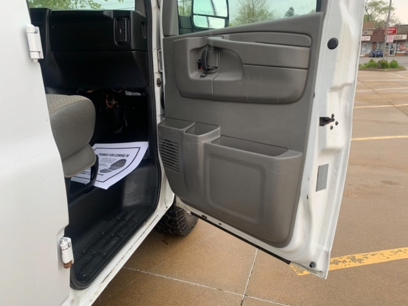 GMC Savana Cargo Van 2008 price SOLD