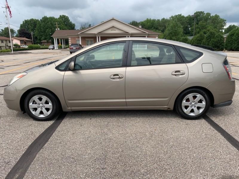 Toyota Prius 2005 price $3,495