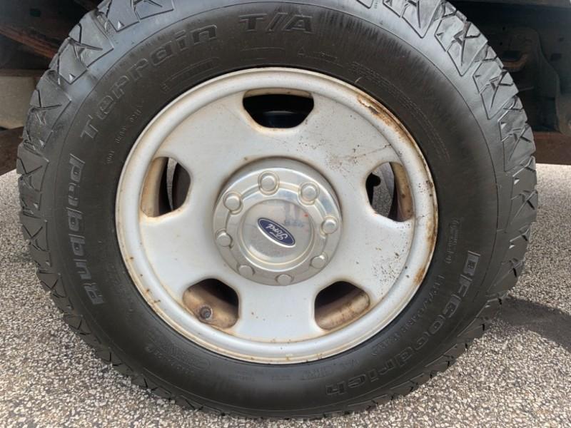 Ford Super Duty F-350 SRW 2005 price $4,995