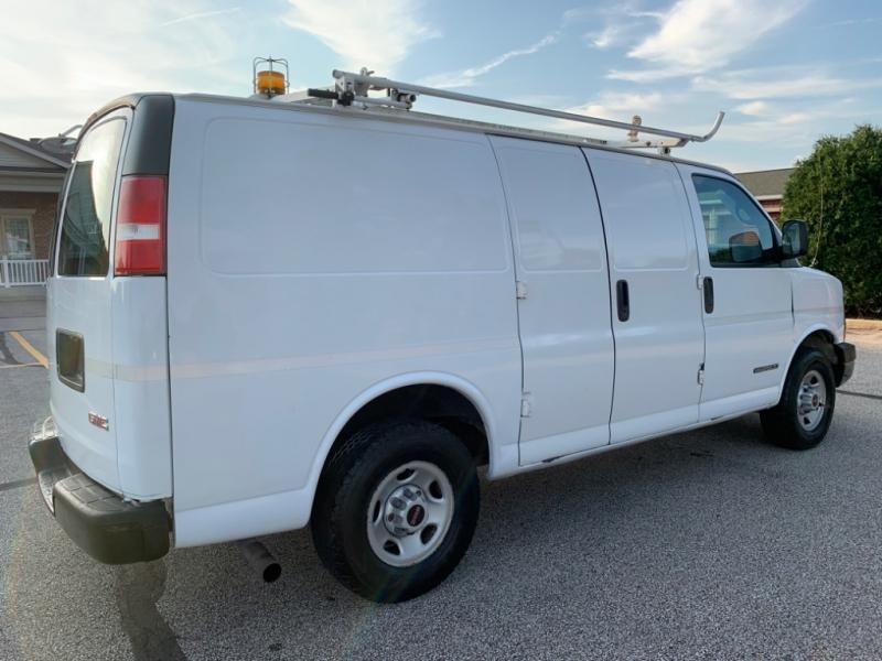 GMC Savana Cargo Van 2005 price $4,495