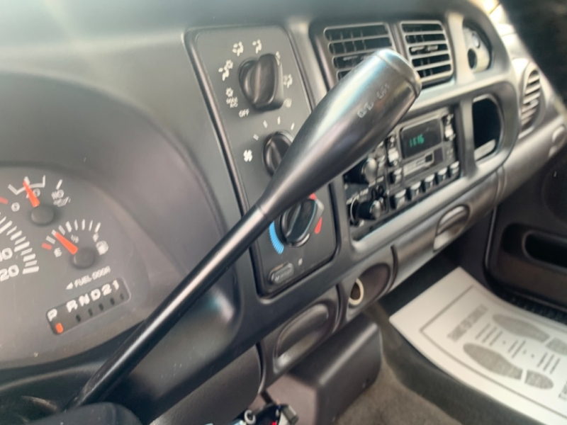 Dodge Ram 3500 2001 price $10,995
