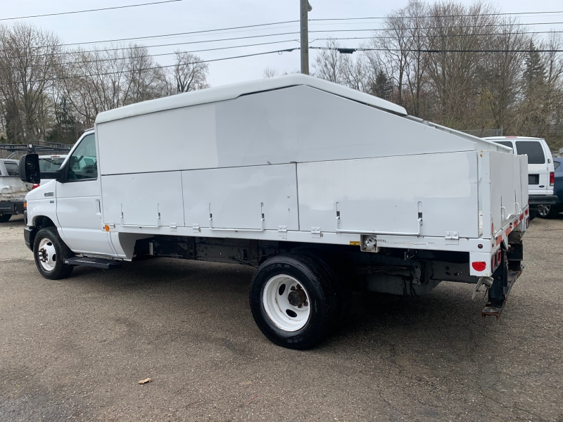Ford Econoline Commercial Cutaway 2011 price $8,995