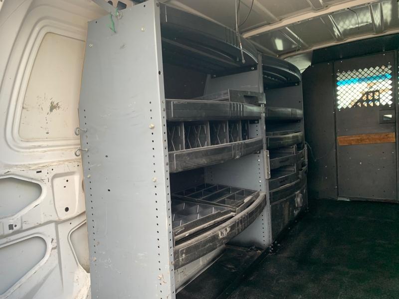 Ford Econoline Cargo Van 2005 price $3,995