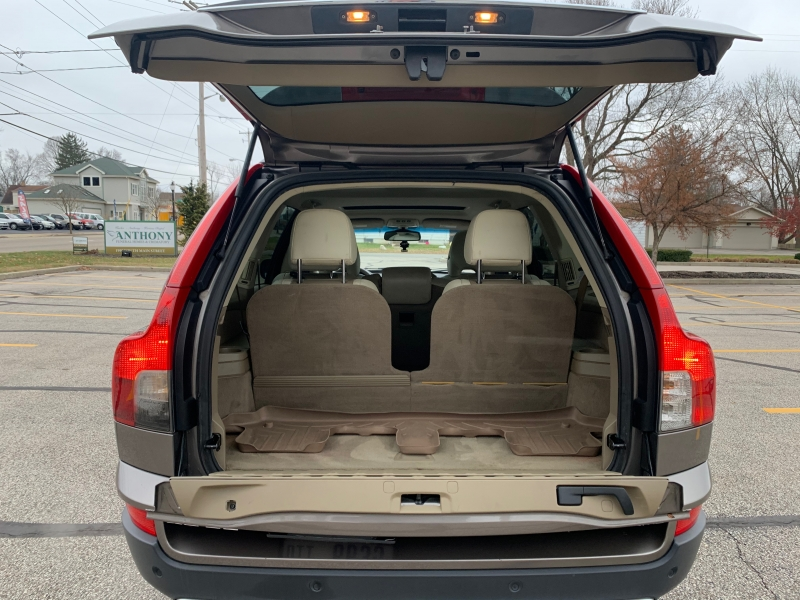Volvo XC 90 2011 price $5,495