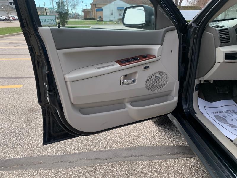 Jeep Grand Cherokee 2007 price $6,995
