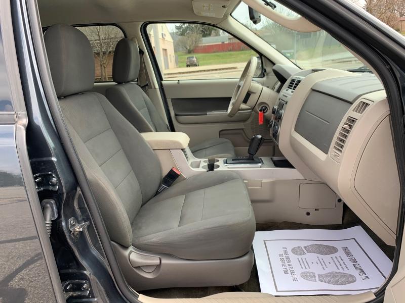 Ford Escape 2009 price SOLD