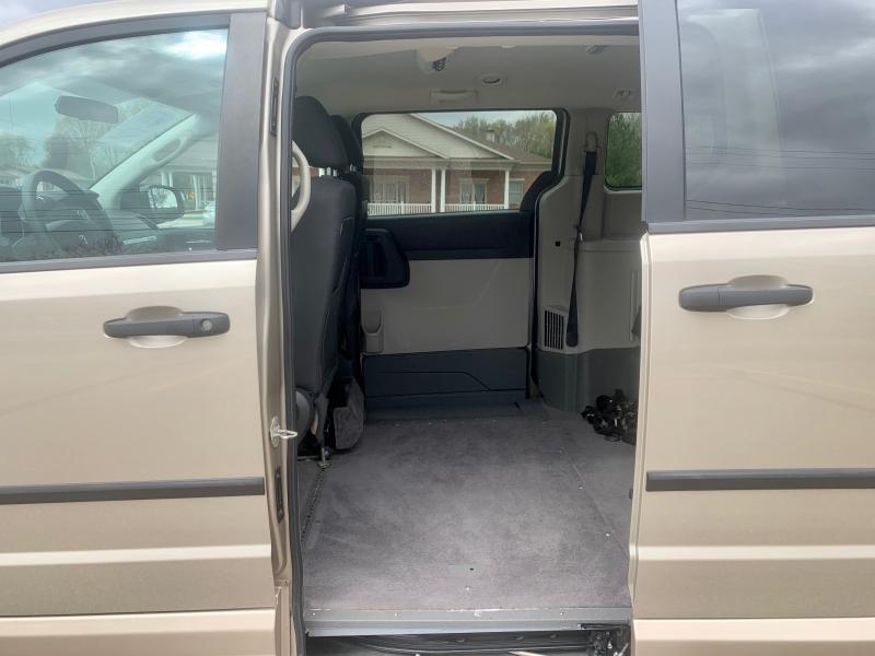 Dodge Grand Caravan 2008 price $10,995