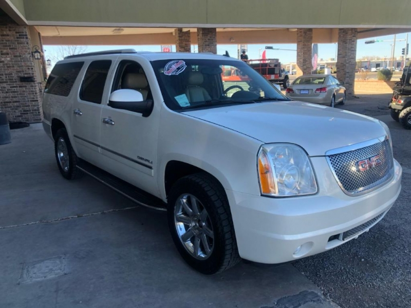 GMC YUKON XL 2011 price $17,950
