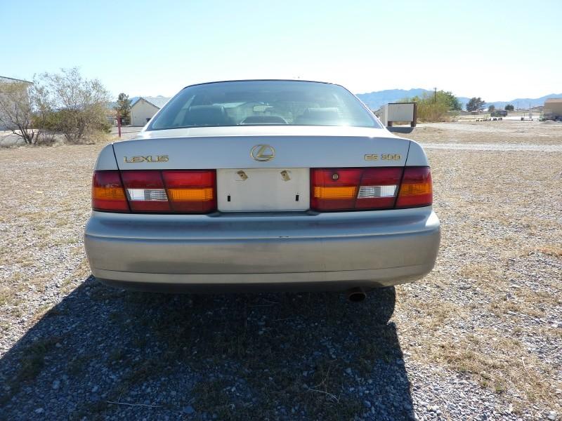 Lexus ES 300 Luxury Sport Sdn 1999 price $4,999