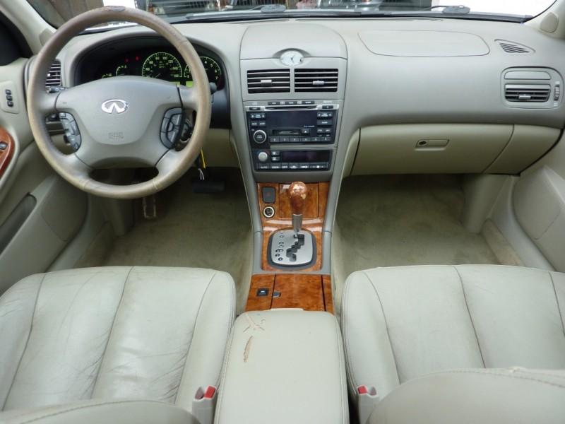 Infiniti I35 2003 price $3,399