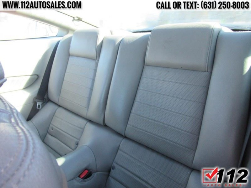 Ford Mustang 2006 price $10,595