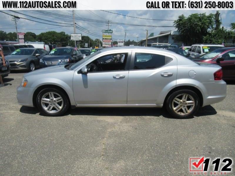 Dodge Avenger 2011 price $8,995