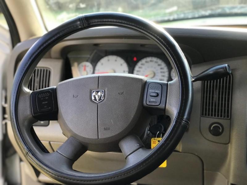 Dodge Ram 1500 2005 price $3,900