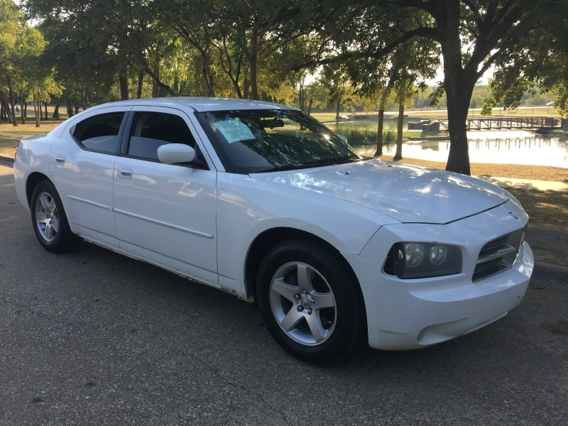 Dodge Charger 2010 price $5,200